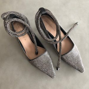 Zara kitten heel. Tie up around ankle. Size 9.